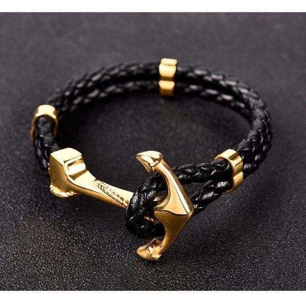 Bracelet cuir avec ancre dorée